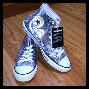 Brand new with tags 🏷 silver sequin Converse 10